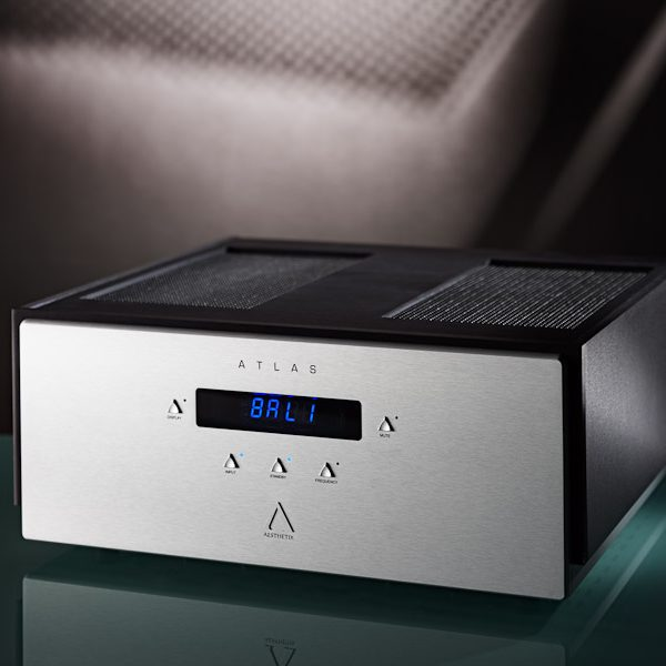 Aesthetix Atlas Signature Stereo Amplifier 1