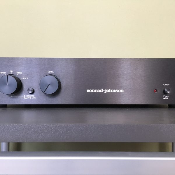 Conrad Johnson PV10A PRE-OWNED 1